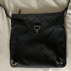 Authentic Gucci crossbody purse